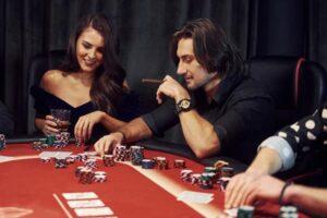 Dlaczego warto korzystać z porównywarek kasyn online?